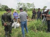 Colombie_L'armée constate les dégâts commis par les gardes de l'entreprise dans les champs de Las Pavas ©PWS 2013