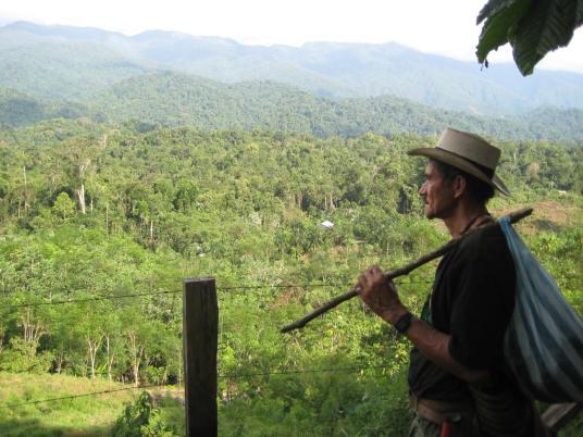 Colombie_les paysans effectuent de longs trajets à pied pour rejoindre leurs champs©PWS2011