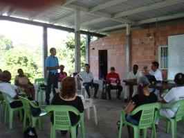 Colombie_Réunion de la communauté©PWS2011